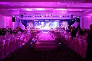 Màn hình led sân khấu tiệc cưới chuẩn không cần chỉnh 1