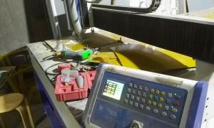 Cắt Phíp Nâu bằng máy CNC hỗ trợ 5000 mẫu in đẹp 2