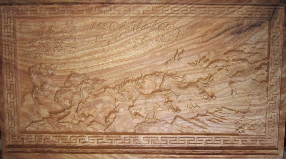 Gia công tranh gỗ uy tín tại TPHCM 2