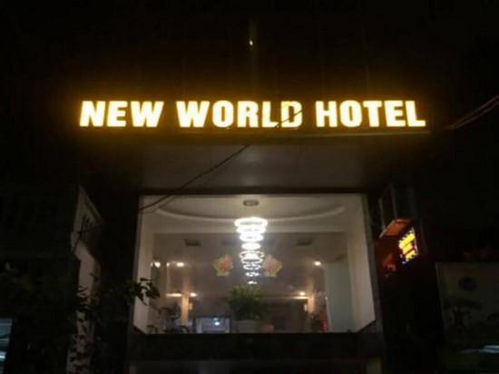 làm bảng hiệu khách sạn 1