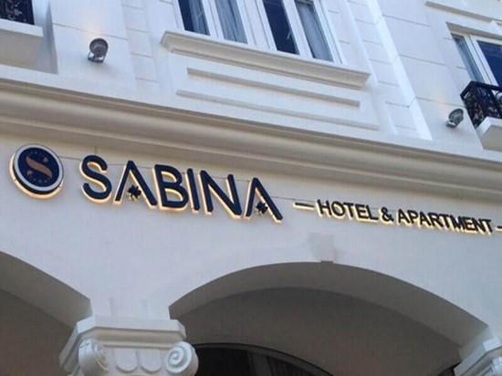 biển quảng cáo khách sạn 2