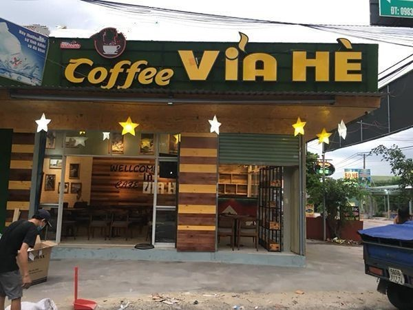 làm biển quảng cáo cafe đẹp 1